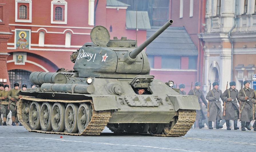 Броня крепка и танки наши быстры: когда в 2021 году отмечают День танкиста